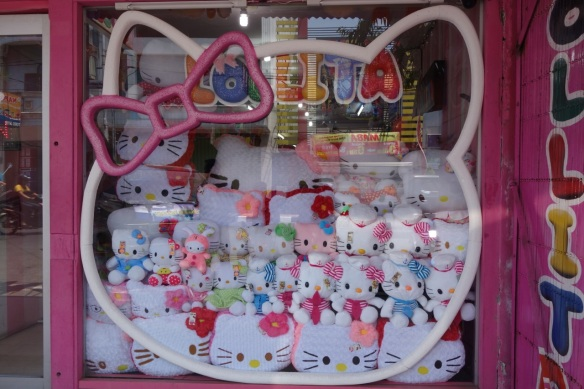hello-kitty-style-shop-blitar-indonesia