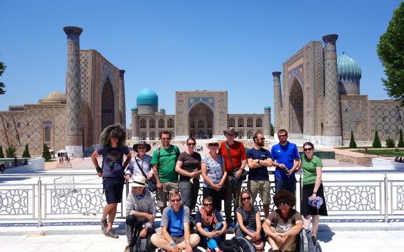Group-photo-in-Samarkan
