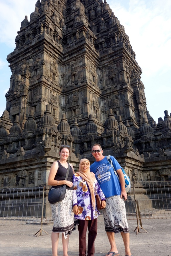 a-badly-taken-photo-of-tourists-Prambanan