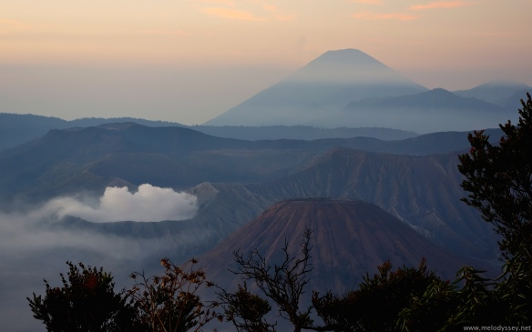 view-of-mt-bromo-at-sunrise-and-smouldering-caldera