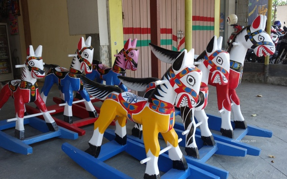 wooden-rocking-horses-blitar-java-indonesia