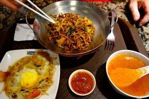 plate-of-noodles-soup-egg-pavillion-food-court-kuala-lumpur